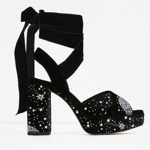 Zara Basic Lace-Up Heeled velvet Sandals Size 7.5